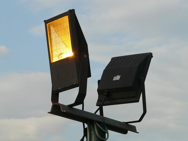 halogenová dvoulampa