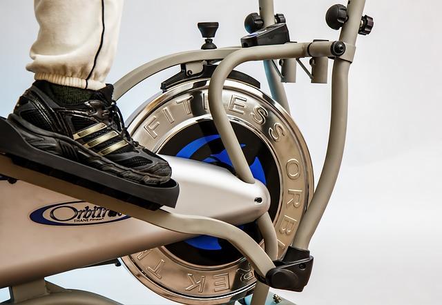 cvičební stroj, noha