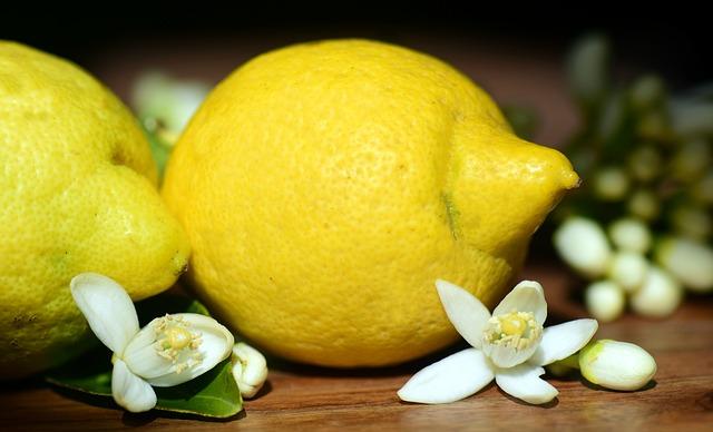 citrony a květy.jpg