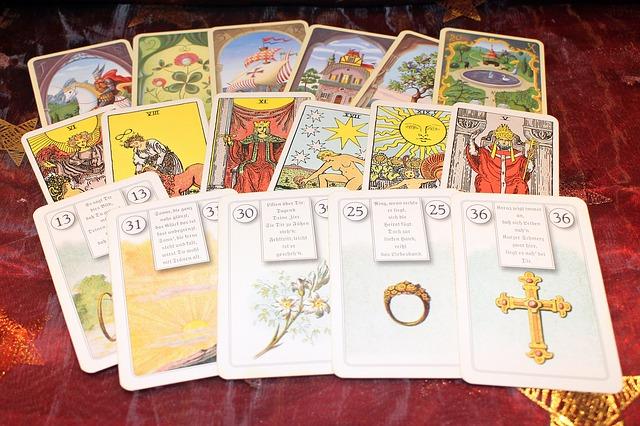karty na věštění