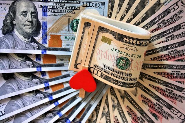 naaranžované dolary.jpg